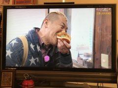 テレビの服(パスタは太らないのか)  okamoto